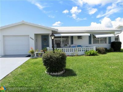 Boynton Beach Single Family Home For Sale: 2392 SW 13th Ter