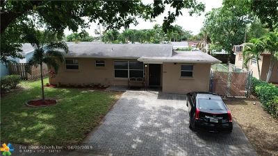 Margate Single Family Home For Sale: 5576 SW 7th St