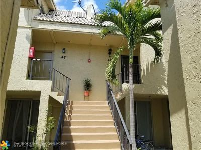 Coral Springs Condo/Townhouse For Sale: 8401 W Sample Rd #46