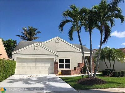 Boca Raton Single Family Home For Sale: 22960 Floralwood Ln