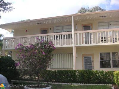 Deerfield Beach Condo/Townhouse For Sale: 95 E Ventnor #95