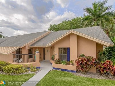 Boca Raton Condo/Townhouse For Sale: 10808 Waterberry Dr