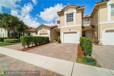 Coral Springs Condo/Townhouse For Sale: 4768 NW 116th Ter
