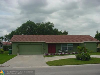 Tamarac Single Family Home For Sale: 8006 NW 108 Ave