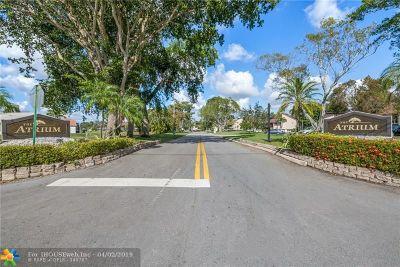 Tamarac FL Condo/Townhouse For Sale: $160,000