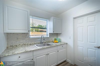 Oakland Park Single Family Home Backup Contract-Call LA: 4106 NW 12th Ter