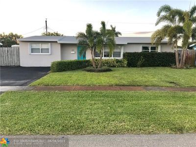 Deerfield Beach Single Family Home For Sale: 441 SE 3rd Pl
