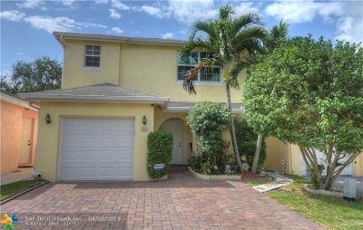 Pompano Beach Single Family Home For Sale: 4084 Eastridge Dr