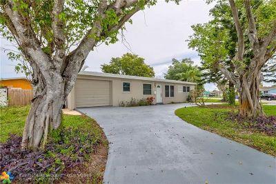 Deerfield Beach Single Family Home For Sale: 1324 SE 1st Ave