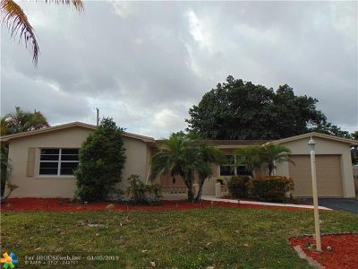 Margate Single Family Home For Sale: 6240 NW 18th St