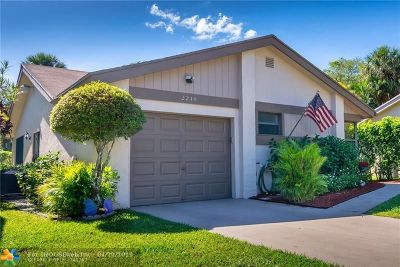 Coconut Creek Single Family Home For Sale: 2248 Seagrape Cir