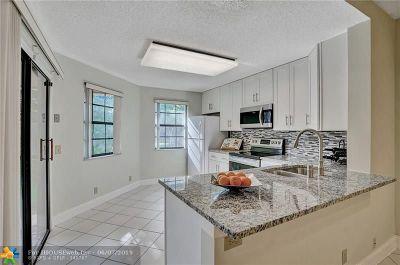 Boca Raton Condo/Townhouse For Sale: 6698 Montego Bay Blvd #D
