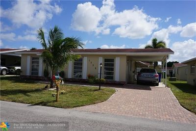 Pompano Beach Single Family Home For Sale: 1730 NW 49th St