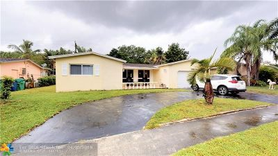 Cooper City Single Family Home For Sale: 4961 SW 88th Ter