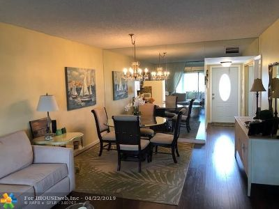Margate Condo/Townhouse For Sale: 7705 NW 5th Ct #203