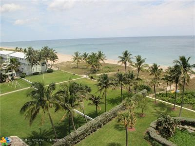 Lauderdale By The Sea Condo/Townhouse For Sale: 5200 N Ocean Blvd #704