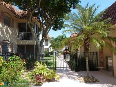 Pompano Beach Condo/Townhouse For Sale: 101 E McNab Rd #401