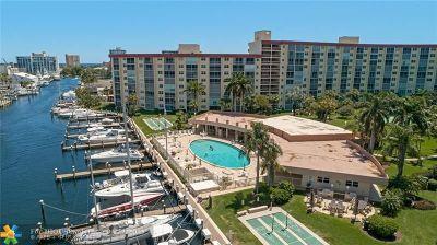 Pompano Beach Condo/Townhouse For Sale: 2731 NE 14th St #704