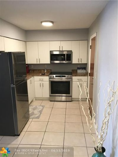 Rental For Rent: 3220 Bayview Dr #202