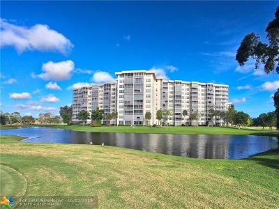 Pompano Beach Condo/Townhouse For Sale: 3507 Oaks Way #1009