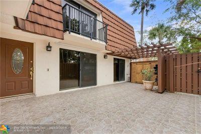 Davie Condo/Townhouse For Sale: 11861 SW 9th Mnr #11861