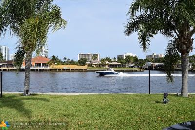 Fort Lauderdale Condo/Townhouse For Sale: 6491 Bay Club Dr #4