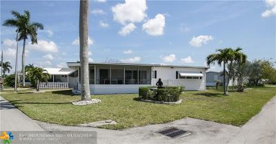 Davie Single Family Home For Sale: 2098 SW 85th Ave