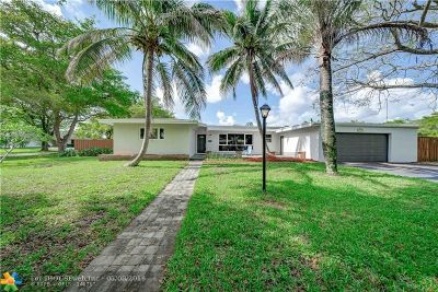 Plantation Single Family Home For Sale: 6148 Pine Ter