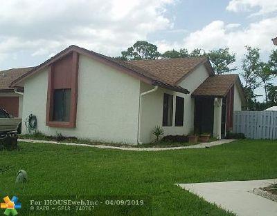 Boca Raton Condo/Townhouse For Sale: 9649 Golf State Park Cir