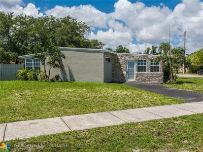 Fort Lauderdale Single Family Home For Sale: 3138 SW 15 Court