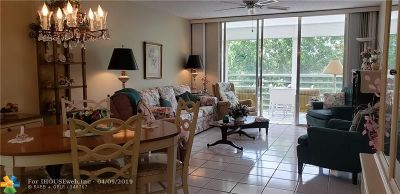 Lauderdale Lakes Condo/Townhouse For Sale: 2999 NW 48th Ave #453