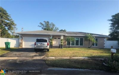 Tamarac Single Family Home For Sale: 6601 NW 84th St
