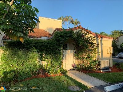 Boca Raton Condo/Townhouse For Sale: 22374 Pineapple Walk Dr