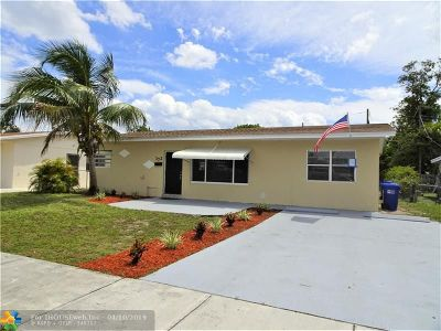 Pompano Beach Single Family Home For Sale: 172 NW 15th Pl