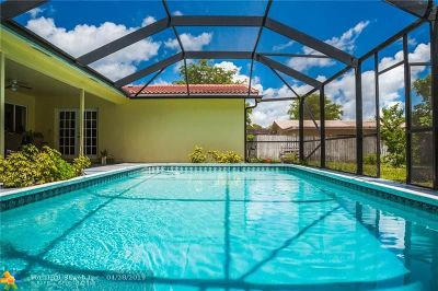 Coral Springs Single Family Home For Sale: 4405 NW 75th Ter