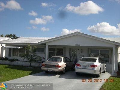 Tamarac Single Family Home For Sale: 4314 Mainland Dr