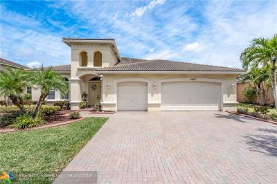 Cooper City Single Family Home For Sale: 11465 Hibbs Grove Dr
