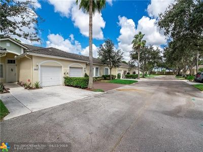 Deerfield Beach Condo/Townhouse For Sale: 1031 SW 42nd Ave #1031