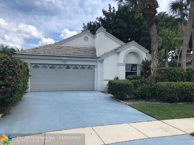 Boynton Beach Single Family Home For Sale: 6143 Bay Isles Dr