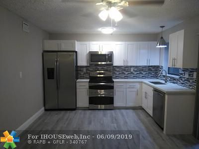 North Lauderdale Single Family Home For Sale: 7954 SW 5 St