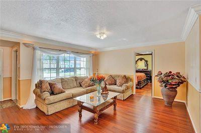Sunrise FL Single Family Home For Sale: $345,000