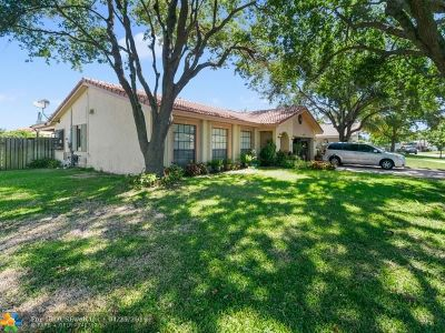 Coral Springs FL Single Family Home For Sale: $389,900