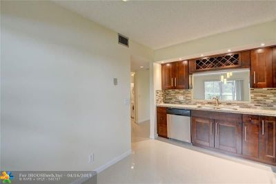 Pembroke Pines Condo/Townhouse For Sale: 1110 SW 125th Ave #109M