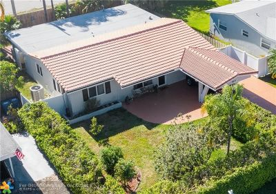 Oakland Park Single Family Home For Sale: 4311 NE 13th Ave