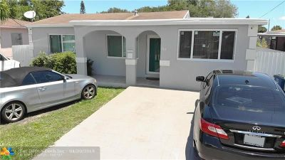 Hallandale Single Family Home For Sale: 729 SW 7th Ter