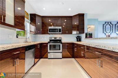 Oakland Park Single Family Home For Sale: 4750 NE 13th Av