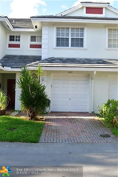 Oakland Park Condo/Townhouse For Sale: 3071 NW 30th Pl #3071