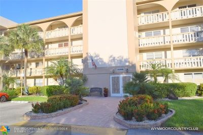 Coconut Creek Condo/Townhouse For Sale: 4401 Martinique Ct #H3