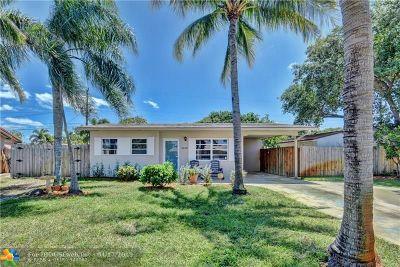 Pompano Beach Single Family Home For Sale: 1530 NE 32nd Pl