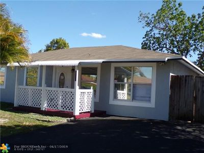 North Lauderdale Single Family Home For Sale: 8130 SW 5th St